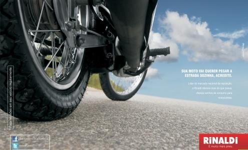 Sua moto vai querer pegar a estrada sozinha, acredite.