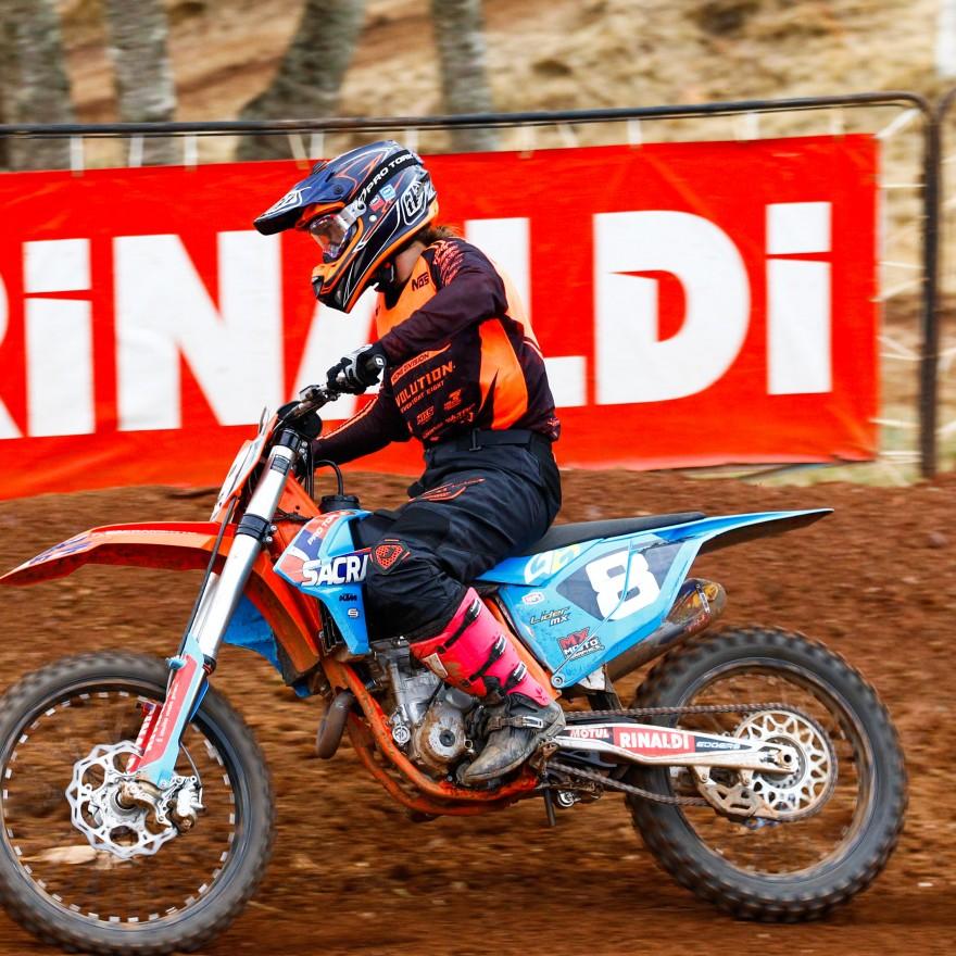 Maiara Basso defende o Team Rinaldi